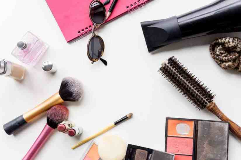 mini-makeup-products-for-travel